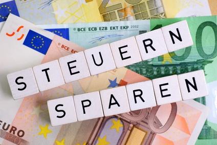 Legal Steuern Sparen : legal steuern sparen mit steuertipps von ~ Lizthompson.info Haus und Dekorationen